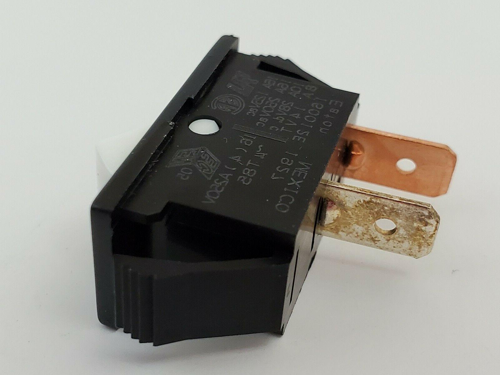 Eaton SPST 2 Position 16A 125V Quick Tabs